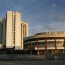 Вінниця - Площа Стуса, Обласна філармонія