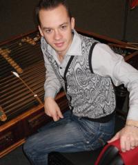 Андрій Войчук, (цимбали) заслужений артист України