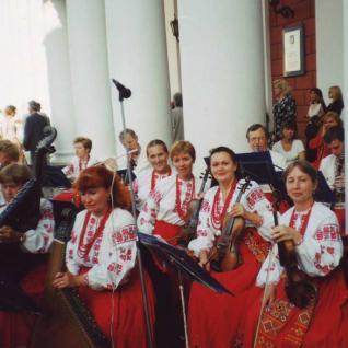 Наші скрипальки у 2000 році