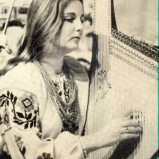Світлана Миколаївна Онищенко, солістка оркестру. 1989 рік, фото з газети