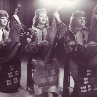 Тріо бандуристок в оркестрі - 1986 рік